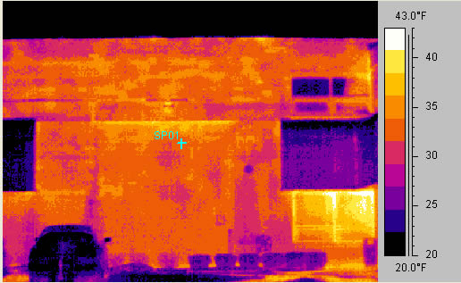 Infrared photo of a cavity wall brick/block building.